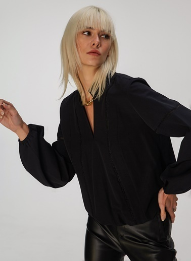 People By Fabrika Şerit Detaylı Bluz Siyah